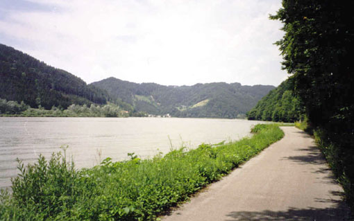 East of Passau, looking upstream