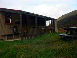 Perry Saddle Hut