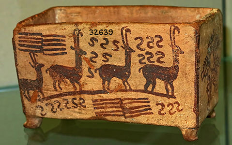 Box with antelopes and fish